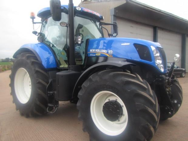 New Holland T7 235, 2014, 520 hrs | Parris Tractors Ltd