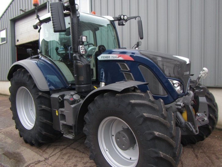 Fendt 724 Profi Plus 03 2016 726 Hrs Parris Tractors Ltd