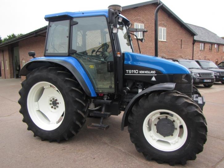 New Holland TS110, 2001, 1,952 hrs | Parris Tractors Ltd