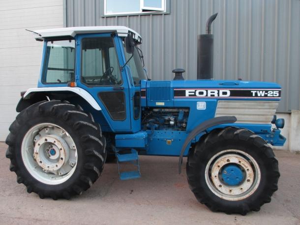 ford tw25 sq 1989 6 500 hrs parris tractors ltd