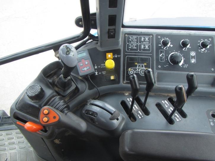 New Holland TM150, 2002, 7,261 hrs | Parris Tractors Ltd